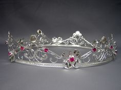 Bridal Headpieces : Fantasy, Elven, Celtic, Medieval and Renaissance inspired Wedding Circlets, Crowns and Tiaras are unique accessories for your themed, alternative or contemporary wedding!