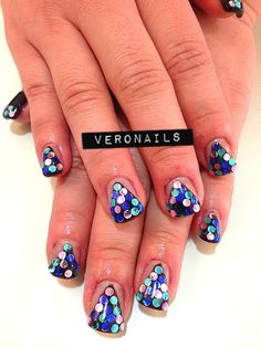 Veronails: Gel Extension w/ Gelish Holo Pyramid Nail Art