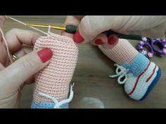 Amigurumi baby boy (aegean baby) part leg and arm construction You bonequinhas de crocher Crochet Amigurumi Free Patterns, Crochet Doll Pattern, Baby Knitting Patterns, Crochet Dolls, Doll Patterns, Crochet Eyes, Crochet Elephant, Arm Knitting, Diy Doll