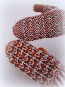 Mittens Pattern, Knit Mittens, Mitten Gloves, Knitting Socks, Knit Socks, Fingerless Gloves, Arm Warmers, Crochet, Pretty
