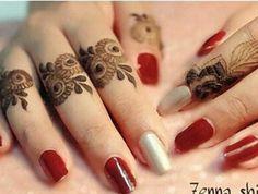 Minimalist design Henna Hand Designs, Mehndi Designs Finger, Mehndi Designs For Girls, Mehndi Designs For Beginners, Mehndi Design Pictures, Mehndi Designs For Fingers, Unique Mehndi Designs, Beautiful Henna Designs, Latest Mehndi Designs