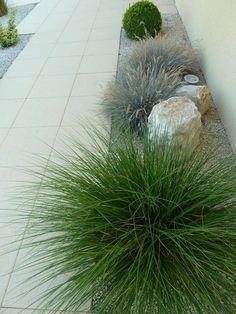 dalles beton avant apres renovation espace exterieur en longueur devant maison jardin entree Eden Design