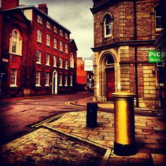 Macclesfield library and Olympic gold post box http://www.lifeinnortherntowns.com/2013/10/macclesfield.html