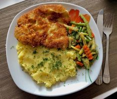 Kotlety po prowansalsku - Blog z apetytem Pork Recipes, Cooking Recipes, Good Food, Yummy Food, Polish Recipes, Polish Food, Best Food Ever, Catering, Food And Drink