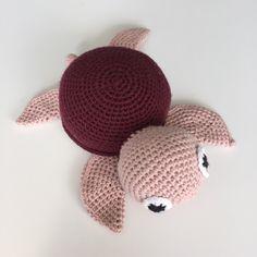 Barselsgave til en sød veninde ☺️ opskrift af Vibe Mai  #crochet #crocheting #hækling #hæklet #legetøj
