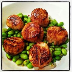 Succulant scallops with Asian fusion