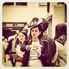 White, scarpe, cappellino, fiera, settimana della moda, Milano, No Words, entrata