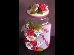 cozinheiro de biscuit | Pote com flores e buque para noiva - YouTube
