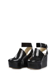 #marimekkodesignhouse #marimekkoshoes Brogues, Loafers, Fallen Arches, Simple Style, My Style, 1960s Fashion, Marimekko, Pumps, Heels