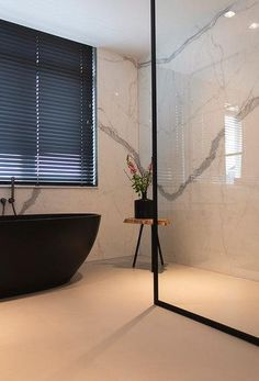Bathroom Design Luxury, Modern Bathroom, Small Bathroom, Bathrooms, Earthy Home Decor, Happy New Home, Design Moderne, Bathroom Inspiration, New Homes