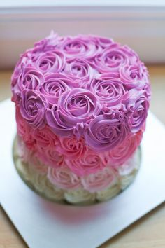 I WANT FOR MY BIRTHDAY >>>>>>>>>>>Pink Ombre Rose Cake Tutorial & Recipe | bsinthekitchen.com #bsinthekitchen #dessert #ombrecake