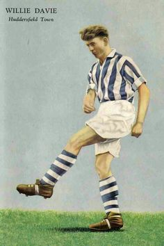 Willie Davie of Huddersfield Town in Football Stickers, Football Art, Huddersfield Town Fc, Bristol Rovers, Soccer Players, World History, Terriers, 1950s, Yorkshire