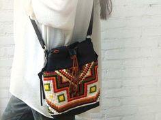 Native spirit crossbag,on Franellie/Etsy