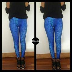 LEGGING & T-SHIRT  #legging + #reptilblue & #tshirt + #modeloMAGGIE + #black