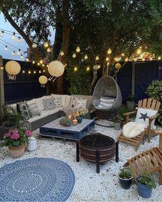Outdoor Fire, Outdoor Living, Ideas Terraza, Back Garden Design, Urban Garden Design, Outdoor Spaces, Outdoor Decor, Outdoor Garden Lighting, Garden Lighting Ideas
