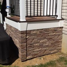 Porch skirting ideas and lattice under porch design. The porch skirt and porch lattice for historic Victorian homes. Mobile Home Skirting, House Skirting, Deck Skirting, Home Porch, House With Porch, Deck Design, House Design, Design Shop, Landscape Design