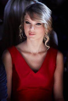 Taylor Swift Photos - Tommy Hilfiger Spring 2010 Men's