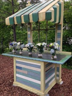A new stand in an open air reception site. We love the outdoors.
