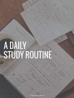 Struggling with finding time for friends and school while in college? Here's a daily study routine that works for me to make those A's and B's! inspiration A Daily Study Routine - Living the Gray Life College Success, College Hacks, Online College, Education College, College Courses, Science Education, Life Science, Education Quotes, Physical Education