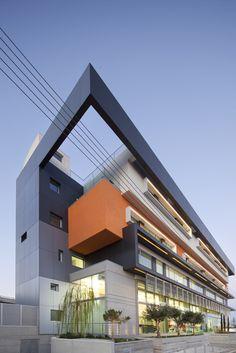 Imagen 9 de 14 de la galería de Fameline Properties / Vardastudio Architects and Designers. Fotografía de Creative Photo Room