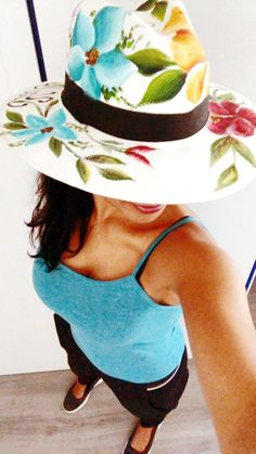 Inspired by and for those Summer Race meetings - sipping Pims at the sport of kings Hand Made with Love - As Always - by LaQuilla Summer Hats, Summer Fun, Painted Hats, Hand Painted, Hat Decoration, Hat Crafts, Sport Of Kings, Western Hats, Fancy Hats