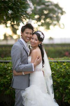 Gorgeous #bride and #groom @Four Seasons Resort Maui #mauiwedding #fourseasonsmaui #waileawedding