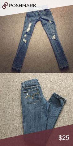 Levi's In great condition! Levi's Jeans