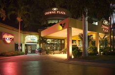 Hotel Deal Checker - Crowne Plaza Fort Myers at Bell Tower Shops