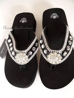 4820e656933a NIB WOMEN S WESTERN STYLE RHINESTONE CRYSTAL BLING WEDGE FLIP FLOP SANDALS  BLACK  Isabella  FlipFlops  Wedge  Bling  Sandals  Rhinestone