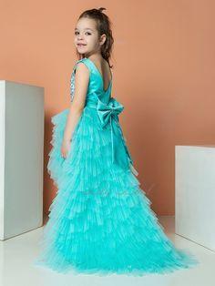 Bridesmaid Outfit, Junior Bridesmaid Dresses, Junior Dresses, Wedding Dresses For Girls, Girls Dresses, Flower Girl Dresses, Birthday Girl Dress, Birthday Dresses, Puffy Dresses