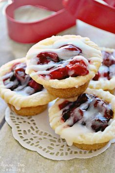 Cherry Pie Cookie Cups are perfect for any party!