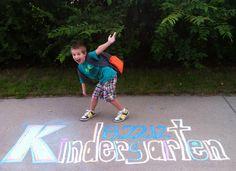 First day of kindergarten sidewalk chalk First Day Of School Pictures, 1st Day Of School, School Daze, Beginning Of School, School Photos, Girls School, Starting Kindergarten, Kindergarten First Day, Jackson School