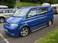 Vw Transporter Camper, T5 Camper, Vw T5 Forum, Vw Caravelle, Volkswagen Bus, Kit Cars, Campervan, Van Life, Cool Cars