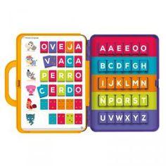 Alfabetino, es un juguete que ayuda al reconocimiento de las palabras. Cómodo y transportable maletín. Incluye: 15 láminas de ejercicios.