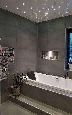 Dark bathroom design idea
