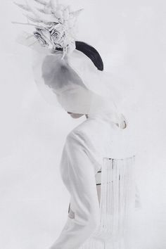 Clean Fantasy by Lee Gun Ho | Vogue Korea, May 2014. - Sarabande