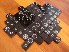 Double-seven binary-coding dominoes