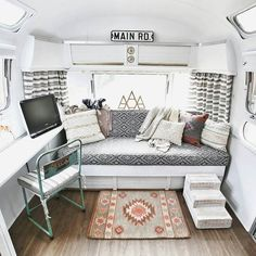 Love our cozy home. by@mavistheairstream Thanks for TAGging us! - TAG #CamperLifestyle and/or @camper.lifestyle - Get more inspiration turn ON post notifications!
