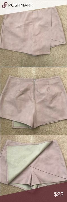 Kendal and Kylie skort (PACSUN) Pink skort, worn once, zipper in back size L PacSun Skirts Mini
