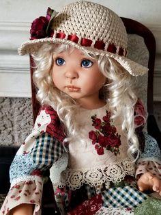 Pretty Dolls, Beautiful Dolls, Vintage Dolls, Doll Clothes, Crochet Hats, Handmade, Fashion, Projects, Cute Dolls