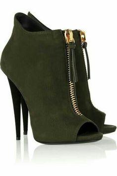 Shoe Fanatic