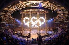Tutti che polemizzano sul decennale delle Olimpiadi io appoggio la scelta del Sindaco di celebrare questa ricorrenza e sono orgogliosa di poter fare la Tedofora tra le strada della nostra bella Torino. Se siamo stati scelti per accogliere un evento così grande 10 anni fa dobbiamo solo esserne molto fieri. #tedofora #olimpiadi #2006 #2016 #olimpiadiinvernali #olimpiadi2006 #torino2006