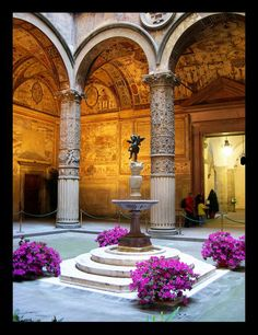 Palazzo Vecchio has one of the most-known museums in Florence, Italy       http://www.museumsinflorence.com/musei/Palazzo_vecchio.html