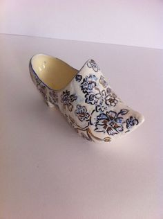 50s porcelain shoe vintage porcelain figurine shoe by BETOSVINTAGE