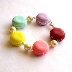French Macaron Bracelet Macaroon Bracelet door FatallyFeminine
