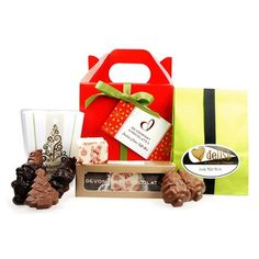 Festive Cheer Gift Box - (CHCHGB10WHL_DEV)  A delicious collection of festive treats to share with friends and family. A selection of 3 Christmas chocolates, Milk chocolate Christmas Kiwiana Shapes (7 pieces), and Mint Melt Delish (11 pieces), all in a red hamper box adorned with ribbon. Gluten Free All items are egg free except those with pavlova. Please allow up to 10 working days for the delivery of your order.