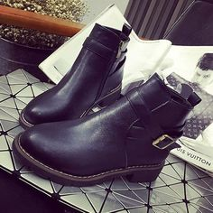 Women Casual Platform Boots Zipper Round Toe Ankle Short Boots Casual Martin Boo - US$22.86