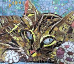 Original Cats Sculpture by Anne Bedel Wood Mosaic, Mosaic Glass, Mosaic Tiles, Mosaic Animals, Mosaic Artwork, Mosaic Crafts, Art Crafts, Stained Glass Art, Cat Art