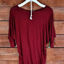 This 3/4 SLEEVE RAY BODY SOLID TOP is so soft and comfortable, everyone should have one in their closet! $14.98 Music City Pretty Boutique #mcpb #newarrivals  JERSEY 95% RAYON 5% SPAN
