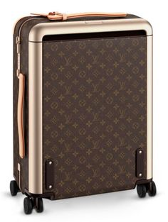 Trendy 2019 New LV Collection For Louis Vuitton Handbags,Must have it. Malas Louis Vuitton, Louis Vuitton Homme, Louis Vuitton Luggage, Louis Vuitton Handbags, Best Luggage, Travel Luggage, Travel Bags, Luxury Luggage, Travel Items
